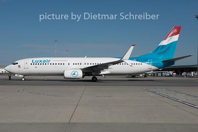 2015-06-02 LX-LGV Boeing 737-800 Luxair