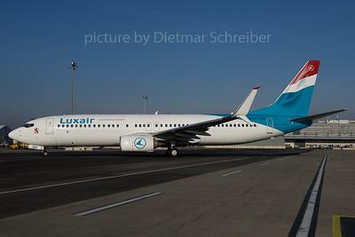 2016-12-16 LX-LGU Boeing 737-800 Luxair