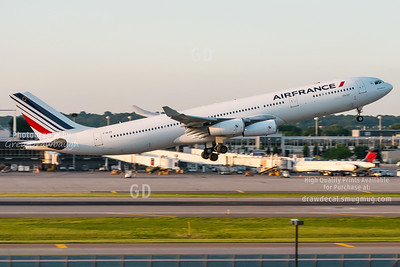 Air France A340-300 F-GLZS