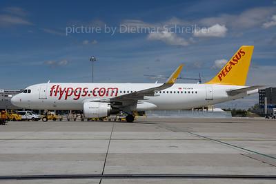 2017-05-02 TC-DCE Airbus A320 Pegasus