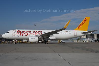 2017-09-26 TC-DCL Airbus A320 Pegasus