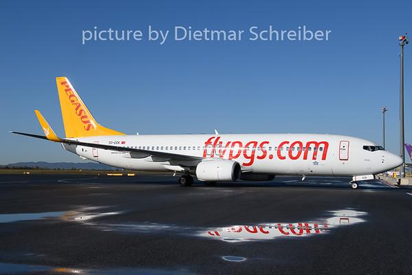 2019-11-06 TC-CCK Boeing 737-800 Pegasus