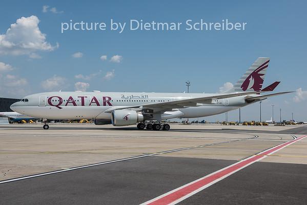 2015-07-18 A7-AFL Airbus A330-200 Qatar Airways