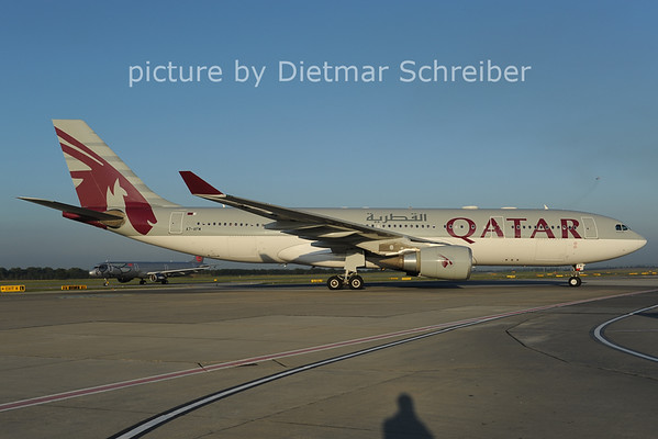 2012-09-07 A7-AFM Airbus A330-200 Qatar Airways
