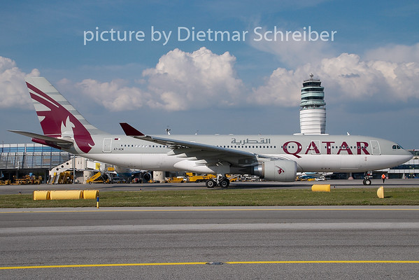 2008-08-28 A7-ACM Airbus A330-200 Qatar Airways