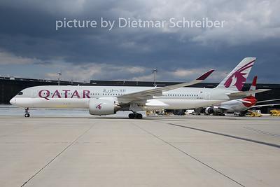 -ALG Airbus A350-900 Qatar Airways2019-08-14 A