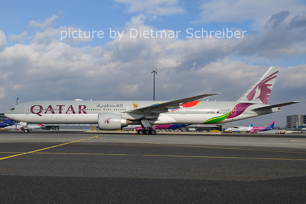 2021-01-26 A7-BAX Boeing 777-300 Qatar Airways