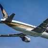 SINGAPORE AIRLINES_B777-212(ER)_9V-SVH_MLU_291115