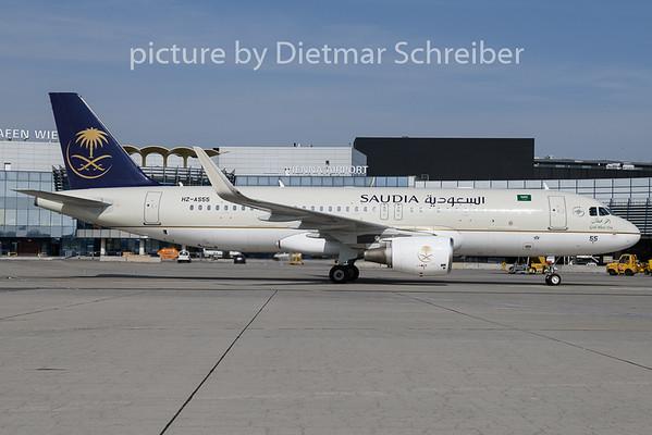 2019-04-02 HZ-AS55 Airbus A320 Saudia