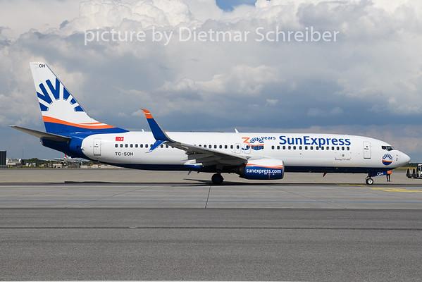 2020-08-19 TC-SOH Boeing 737-800 Sunexpress