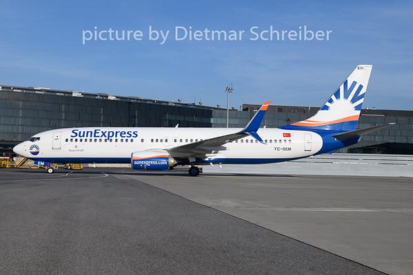2019-12-04 TC-SEM Boeing 737-800 Sunexpress