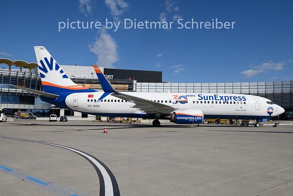 2020-03-13 TC-SOC Boeing 737-800 Sunexpress