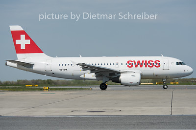 2015-04-23 HB-IPX Airbus A319 Swiss