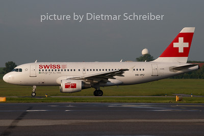 2008-05-06 HB-IPU Airbus A319 Swiss