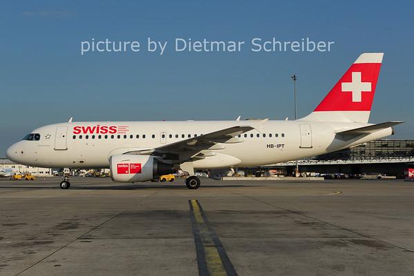 2011-05-23 HB-IPT Airbus A319 Swiss