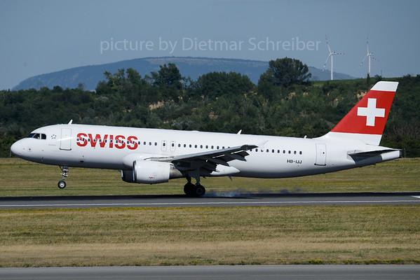 2018-06-30 HB-IJJ Airbus A320 Swiss