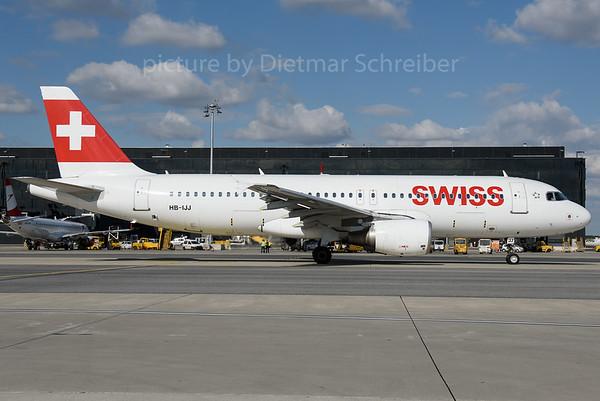 2016-09-21 HB-IJJ Airbus A320 Swiss