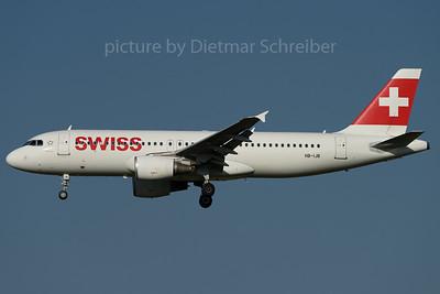 2017-08-04 HB-IJB AIrbus A320 Swiss