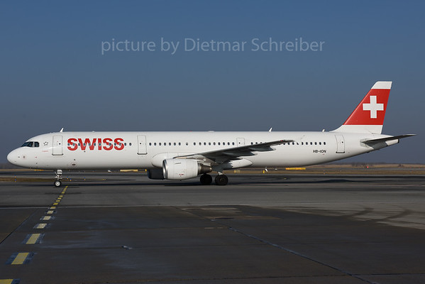2017-02-14 HB-ION Airbus A321 Swiss