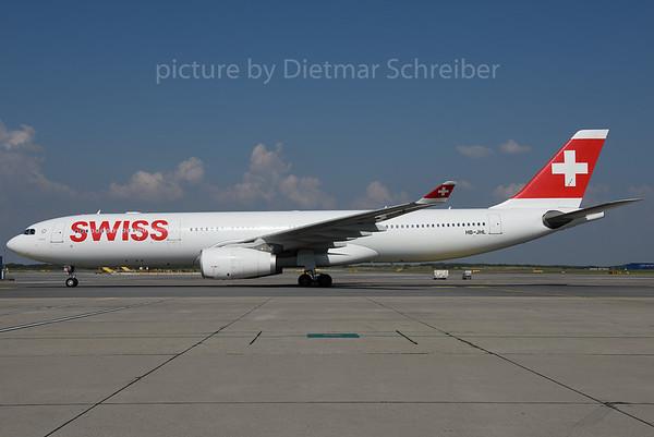 2016-09-14 HB-JHL Airbus A330-300 Swiss
