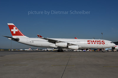 2017-04-24 HB-JMA Airbus A340-300 Swiss