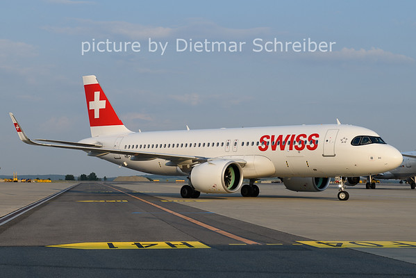 2021-06-08 HB-JDC Airbus A320neo Swiss