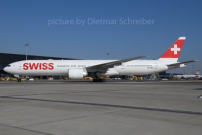 2018-03-22 HB-JNG Boeing 777-300 Swiss