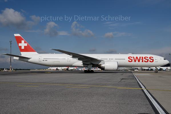 2017-04-18 HB-JNC Boeing 777-300 Swiss
