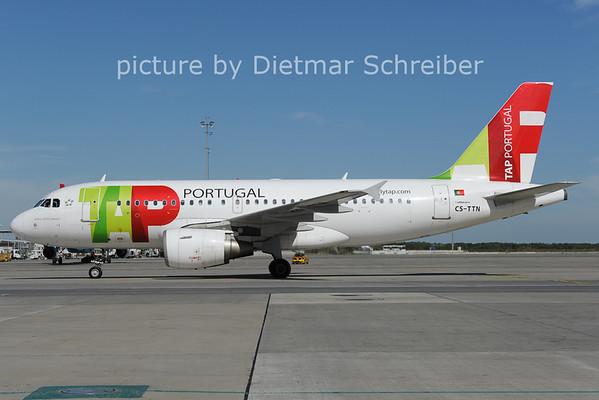 2012-09-26 CS-TTN Airbus A319 TAP