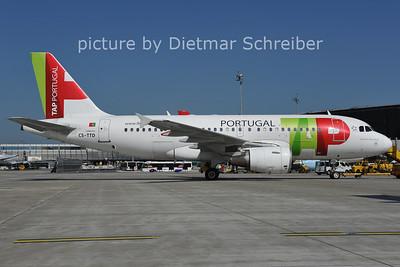 2011-06-07 CS-TTD AIrbus A319 TAP