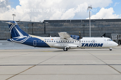 2020-06-03 YR-ATJ ATR72 Tarom