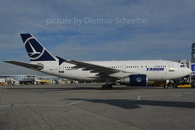 2013-10-08 YR-LCB Airbus A310 Tarom