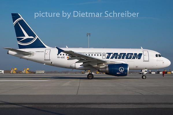 2009-12-10 YR-ASC Airbus A318 Tarom