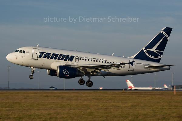 2016-11-22 YR-ASD Airbus A318 Tarom