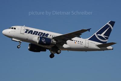 2013-08-02 YR-ASB Airbus A318 Tarom