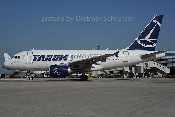 2013-07-09 YR-ASB Airbus A318 Tarom