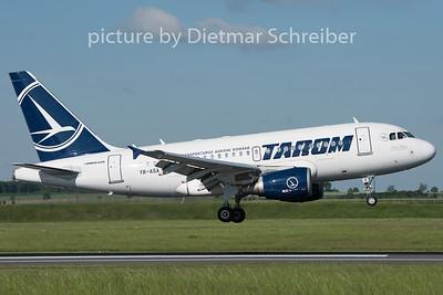2015-05-11 YR-ASA Airbus A318 Tarom