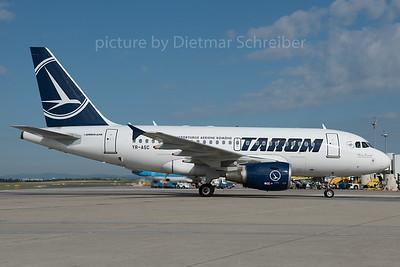 2016-07-05 YR-ASC Airbus A318 Tarom