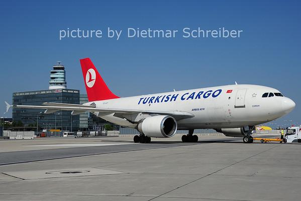 2014-07-07 TC-JCY Airbus A310 THY