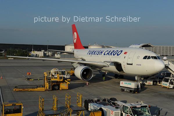 2012-05-28 TC-JCZ Airbus A310 THY