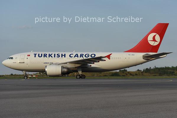 2014-07-24 TC-JCZ AIrbus A310 THY
