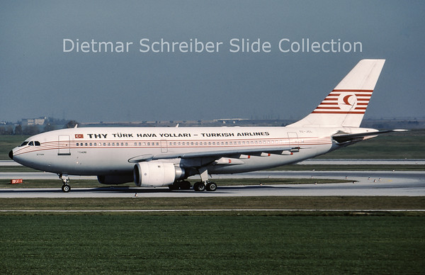 1989-10-26 TC-JCL Airbus A310-203 (c/n 338) Turkish AIrlines