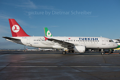 2016-01-08 TC-JPV Airbus A320 THY