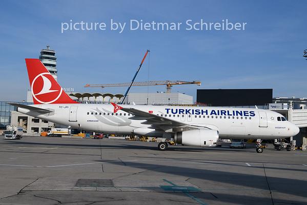 2019-12-04 TC-JPI Airbus A320 Turkish AIrlines