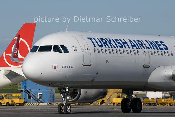2021-06-13 TC-JSR Airbus A321 THY