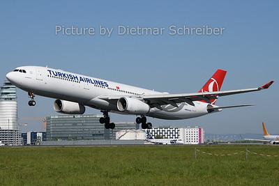 2019-04-22 TC-JNJ Airbus A330-300 THY