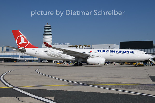 2018-09-21 TC-LOF AIrbus A330-300 THY