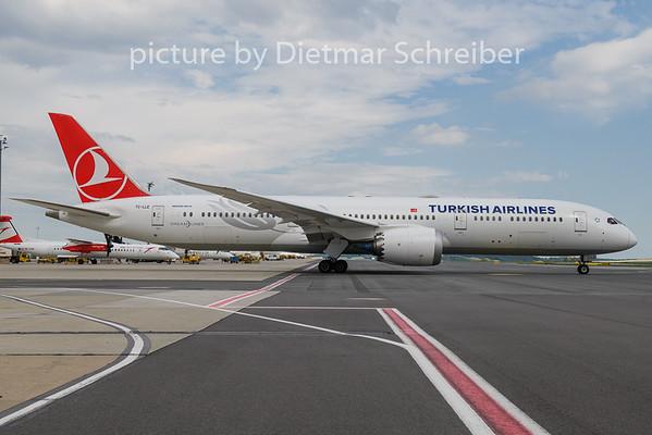 2020-06-19 TC-LLE Boeing 787-9 THY