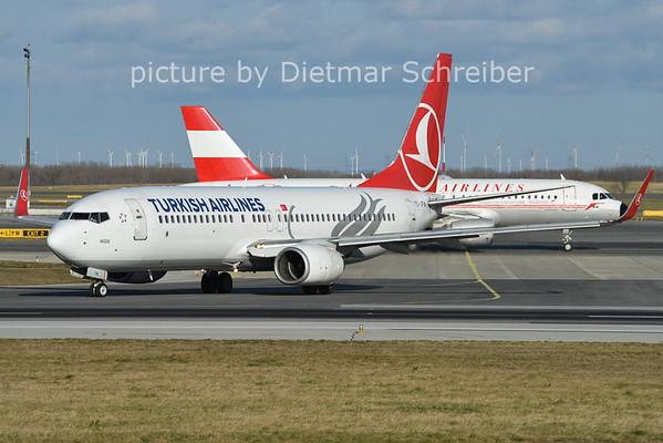 2014-12-26 TC-JFM Boeing 737-800 THY