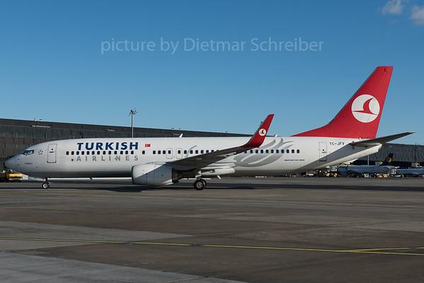 2016-01-08 TC-JFV Boeing 737-800 THY